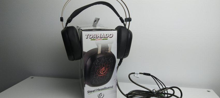 Tanie słuchawki dla gracza z podświetleniem LED | Rebeltec TORNADO